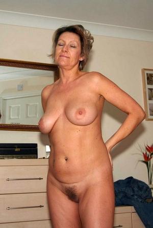Closeup nude pussy